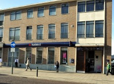 NatWest bank, Crawley town centre