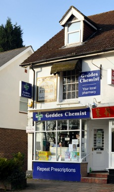 Geddes chemist, Three Bridges