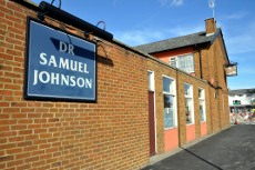 Dr Samuel Johnson pub, Crawley